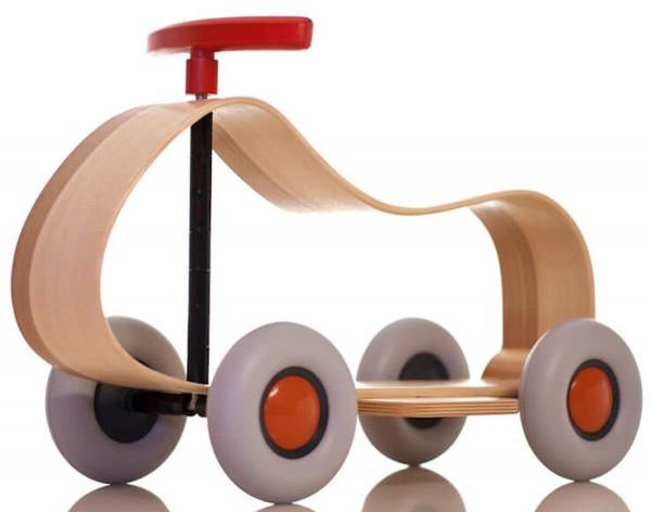 Rutschfahrzeug-aus-Massivholz