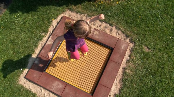 Kindergartentrampolin-Outdoor-Bodentrampolin