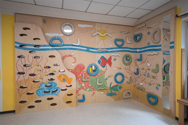 """Kindergarten Kletterwand """"Riff"""""""