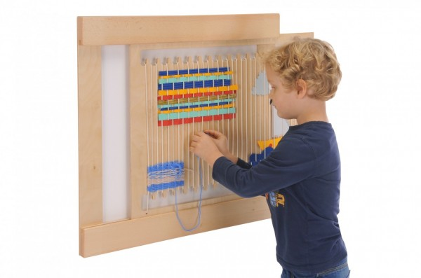 Webrahmen-kindergarten-spielzeug