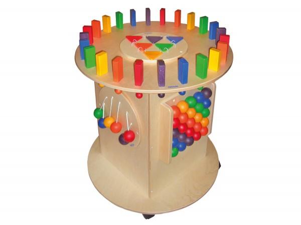 Spielturm-aus-Holz