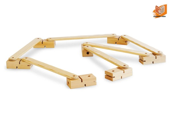 Balancierstrasse-aus-Holz